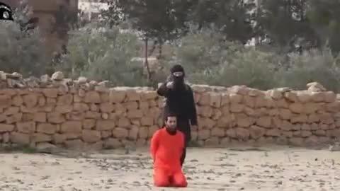 خشونت داعش در اعدام گروگان بوسیله اسلحه ساچمه ای