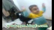 شور گرفتن بچه دو ساله در گوش دادن به مداحی و سینه زنی