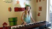 پیانو نوازی زیبا....((لارا))