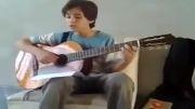 اجرای زیبای آهنگ تصویر دنیا توسط نوجوان خوش ذوق ایرانی
