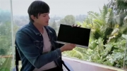 طراحی و تولید تبلت یوگا ۲ لنوو با اشتون کوچر - زومیت