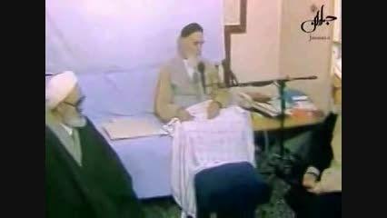 تحویل وصیت نامه امام توسط خود ایشان به مقامات کشور