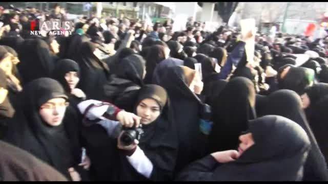 تجمع مقابل سفارت فرانسه در تهران
