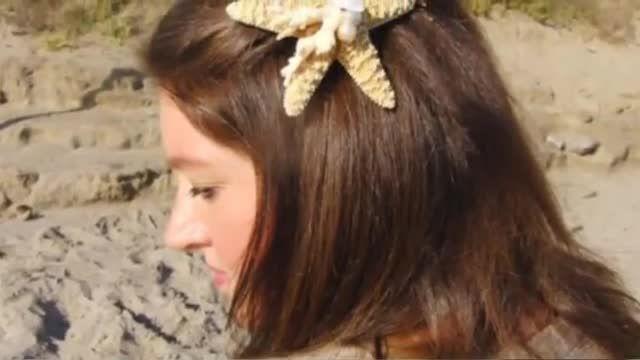 بستن موها با پاپیون و گل سر