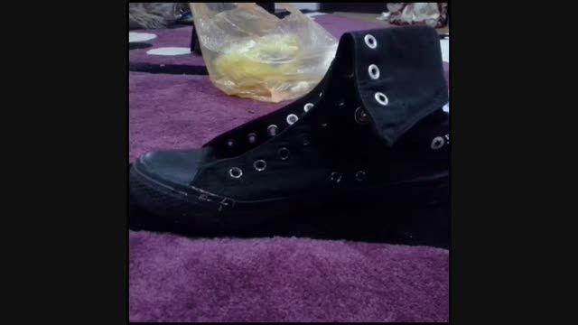 تزئین کفش کتونی با پولک