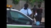 لحظات جالب از صحنه های درگیری پلیس و متهم!!!