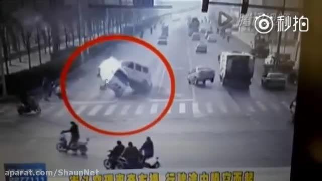 تصادف عجیب چند خودرو در چین شاید جلوه ویژه سینمایی