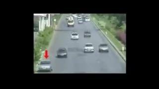 نجات معجزه آسا از تصادف در یکی از اتوبان های ایران