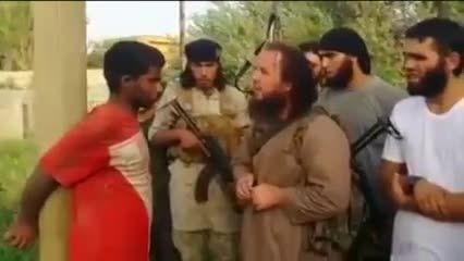 اعدام نوجوان سوریه ای با RPG توسط داعش!!(+18)
