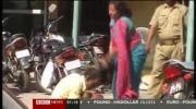 کتک خوردن مرد سارق از زن پلیس!!!