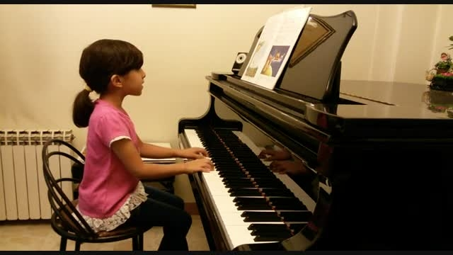زنبور طلایی-آوای پیانو-روژان خرازی