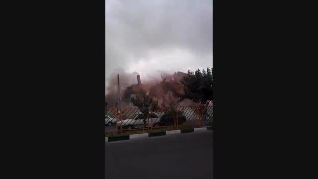 ریزش آپارتمان در تهران از نمایی دیگر