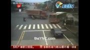 کامیون ترمز بریده و......!!