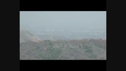 انهدام دو خودروی نظامی و فرار سربازان سعودی