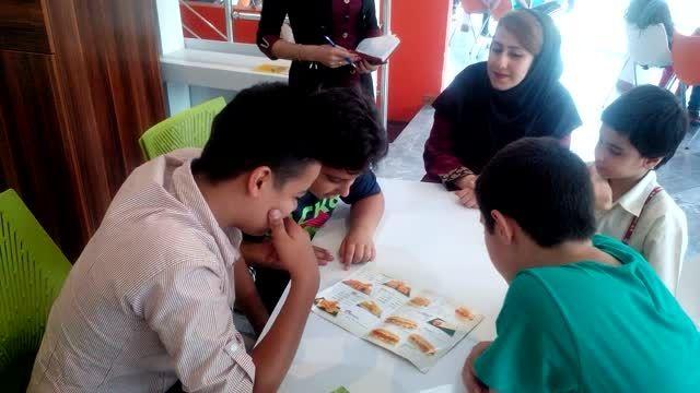 آموزش زبان انگلیسی در محیط رستوران مناسب با درس 1