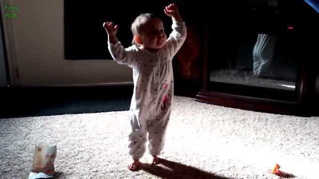 رقص خنده دار بچه ها.عالیه :))