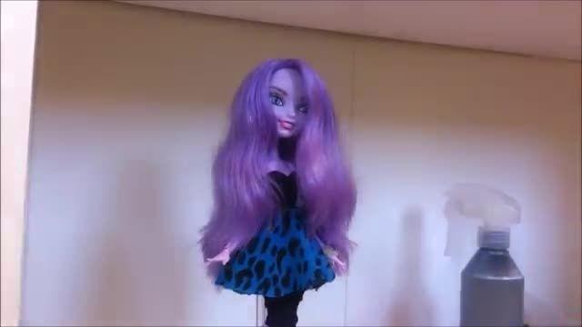 موهای عروسک ها رو بدون کوتاه کردن کوتاه نگه دارید!!!!!!