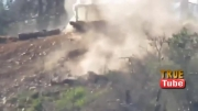 سوریه لاذقیه پرواز کله   سلفی توسط تیرانداز ارتش از 3متری