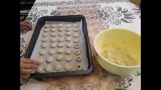 طرز تهیه شیرینی نان برنجی