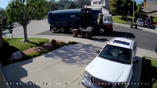 نمونه تصویر دوربین تحت شبکه هایک ویژن DS-2CD2132F-IS