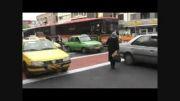 چراغ قرمز فقط برای ماشین ها نیست$محمود تبار