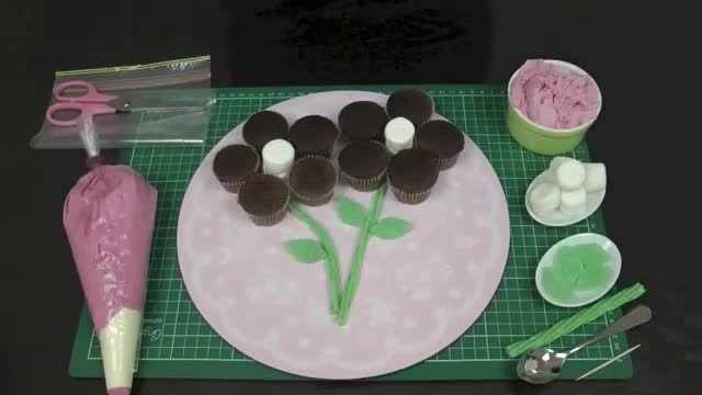تزیین کاپ کیک به شکل شاخه گل