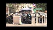 لحظه انفجار نارنجک در بین نیروهای پلیس اوکراین.....