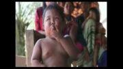 پسر بچه دو ساله،کم سن ترین سیگاری دنیا!!