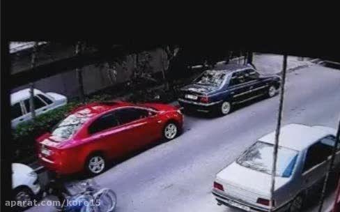 زورگیری از دختر جوان در خیابان پاسداران