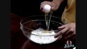 درست کردن کیک تولد با تخم مرغ های باحال:))