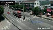 تصادف مرگبار موتورسوار با تریلی...