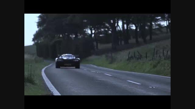 اتومبیلی با ظاهری عجیب و سرعتی باورنکردنی