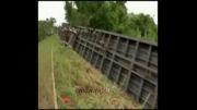 خارج شدن قطار از ریل در مکزیک حداقل 5 کشته برجا گذاشت