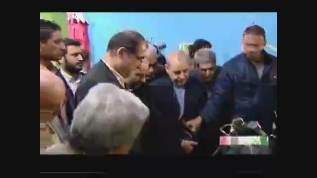 بازدید دکترهاشمی وزیربهداشت از تجهیزات دندانپزشکی سعیدی