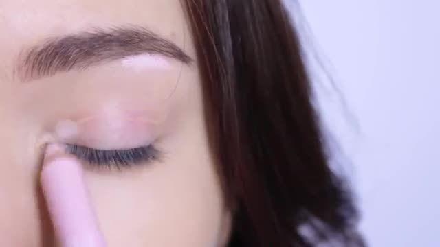 ویدئویی برای درشت تر و براق نشون دادن چشم ها