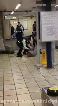 حمله تروریستی با چاقو در مترو لندن