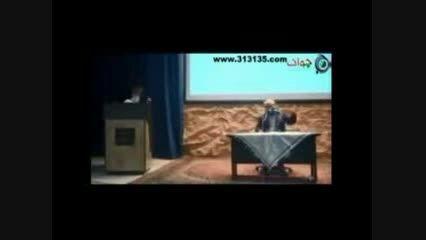 جواب دکتر عباسی به اینکه چرا از رهبری انتقاد نمی کنید؟