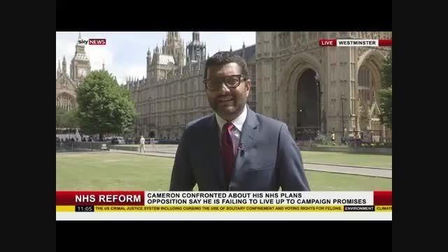 شعبده بازی پشت گزارشگر شبکه اسکای در پخش زنده