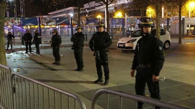 حملات تروریستی در پاریس با بیش از 153 کشته در روز جمعه