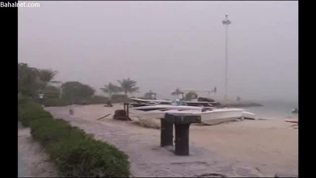فیلم منتشر شده از طوفان شن در کیش؛ لغو تمام پروازها!