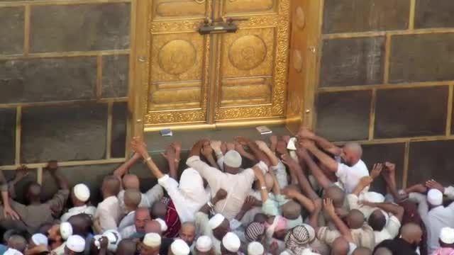 حادثه افتادن جرثقیل در مسجدالحرام و 65 کشته و 150 زخمی
