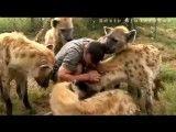 به حیوانات محبت کنیم....