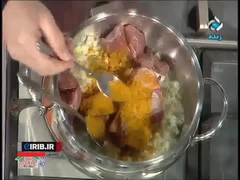 طرز تهیه خورش قورمه سبزی