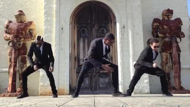 رقص به سبک داب استپ خیلی خفنه