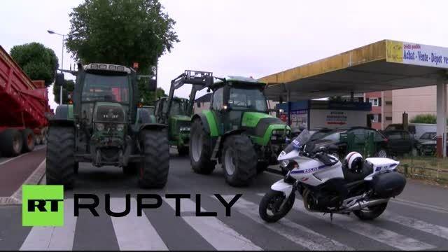 اعتراض عجیب به سبک کشاورزان فرانسوی