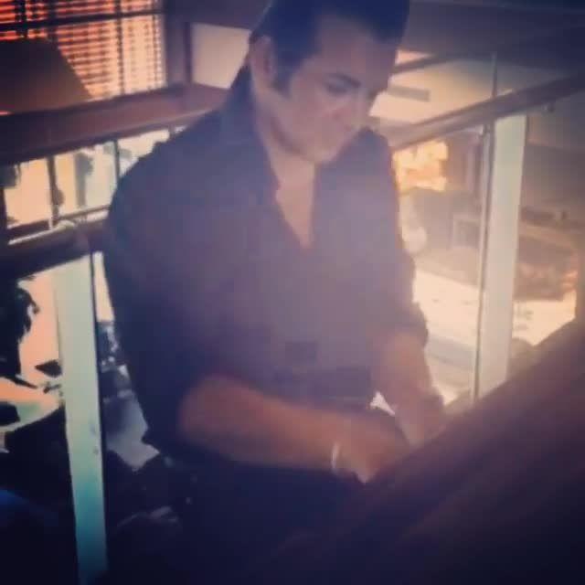 حسام نواب صفوی و پیانو نوازی فیلم روح