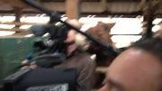 ابراز علاقه اسب به گزارشگر