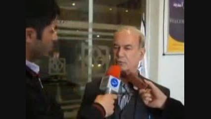 مشت زدن مدیر عامل استقلال به شکم خبرنگار !!!