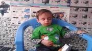 محمد حسین کوچولو در حال خواب