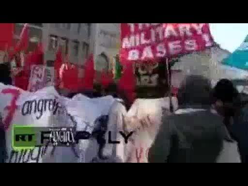 تظاهرات ضدناتو در محل برگزاری کنفرانس امنیتی مونیخ!